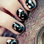 черные ногти с золотом