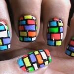 яркий маникюр для коротких ногтей
