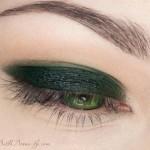 поэтапный макияж зеленых глаз: шаг 3