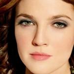 повседневный макияж зеленых глаз для рыжих волос