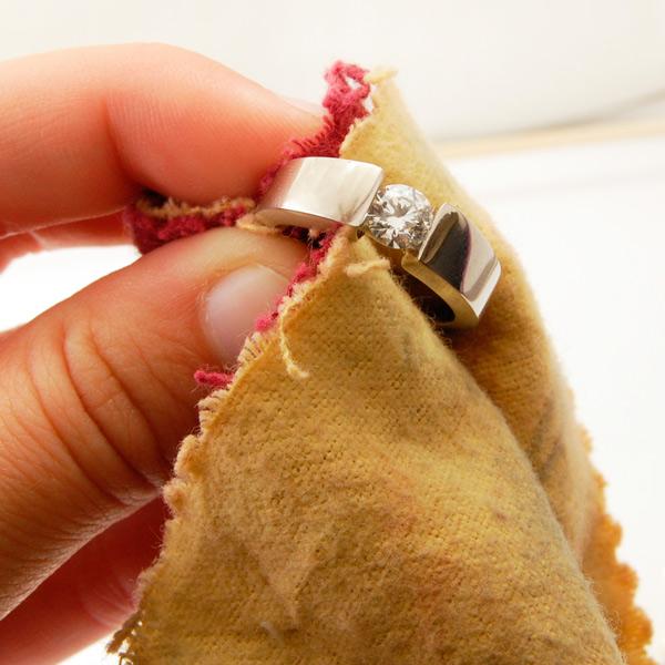 как чистить золото с бриллиантами
