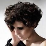 градуированная стрижка на коротких волосах