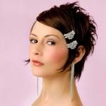 прически на средние волосы с челкой на свадьбу