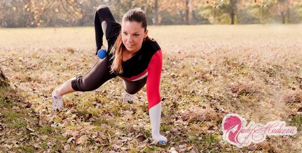 упражнения для грудных мышц для девушек