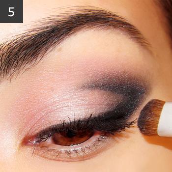 Дымчатый макияж глаз. Как сделать дымчатые глаза