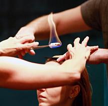как делается стрижка волос огнем
