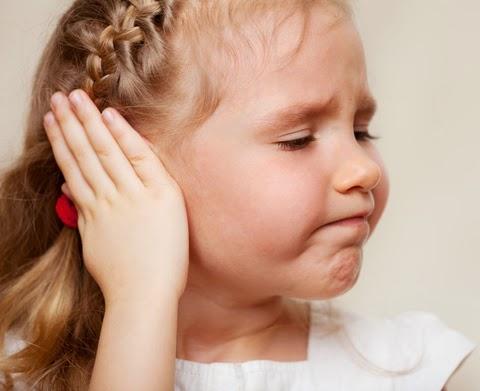 одно из осложнений - ухудшение слуха