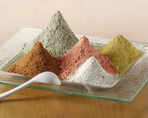 косметическая глина бывает самых разных цветов и составов