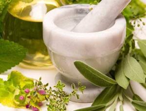лечение миомы травами в домашних условиях может быть опасно!