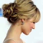 прическа на свадьбу для блондинки со средними волосами
