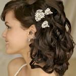 прически на средние волосы на свадьбу