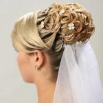 свадебные прически на средние волосы с фатой