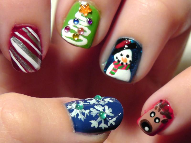 Праздничный маникюр на коротких ногтях гель лаком новинки