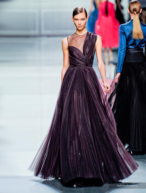 длинное платье на новый год от дизайнера