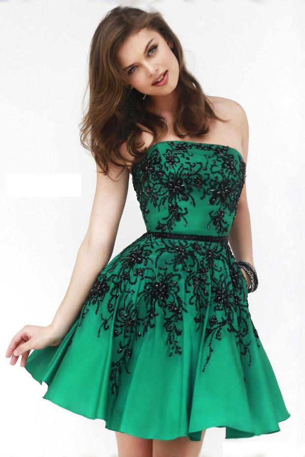 зеленый цвет - цвет нового 2015 год