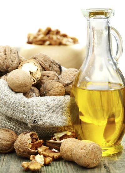 Масло ядер грецкого ореха в косметологии и медицине