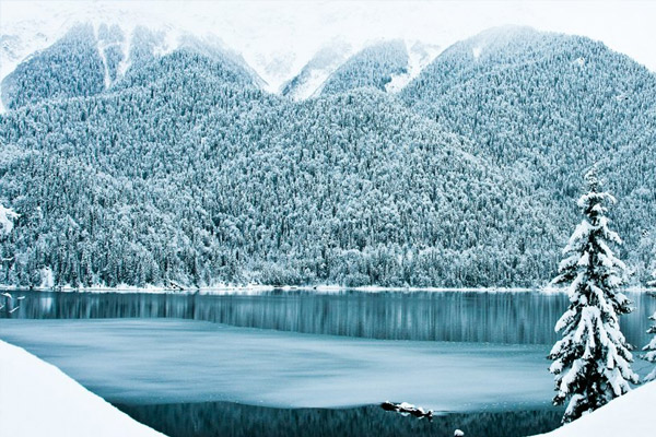 озеро Рица на новый год 2017
