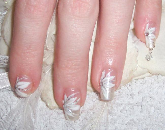 свадебный маникюр гель-лаком с рисунком фото