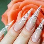 свадебный маникюр на острые ногти