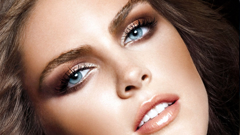 макияж для голубых глаз для блондинок