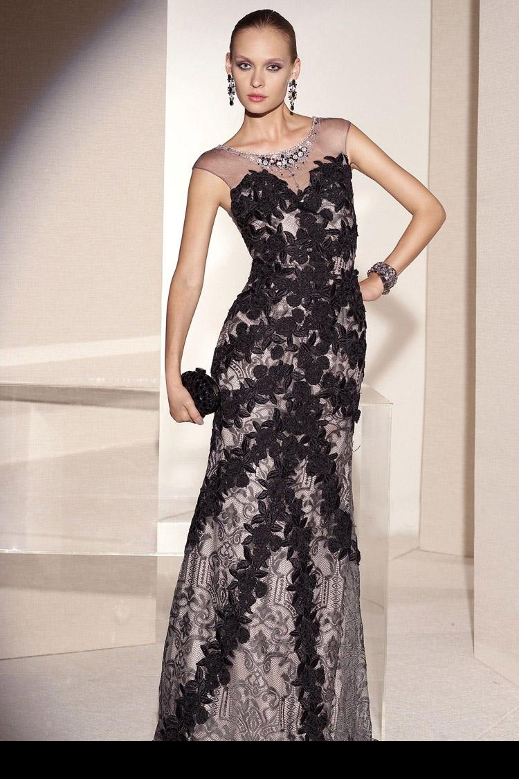 платье вечернее длинное с гипюром