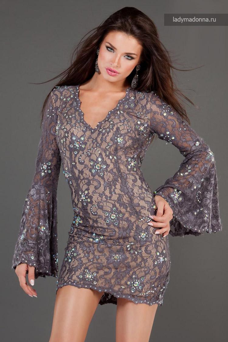 коктейльное платье с свободным рукавом