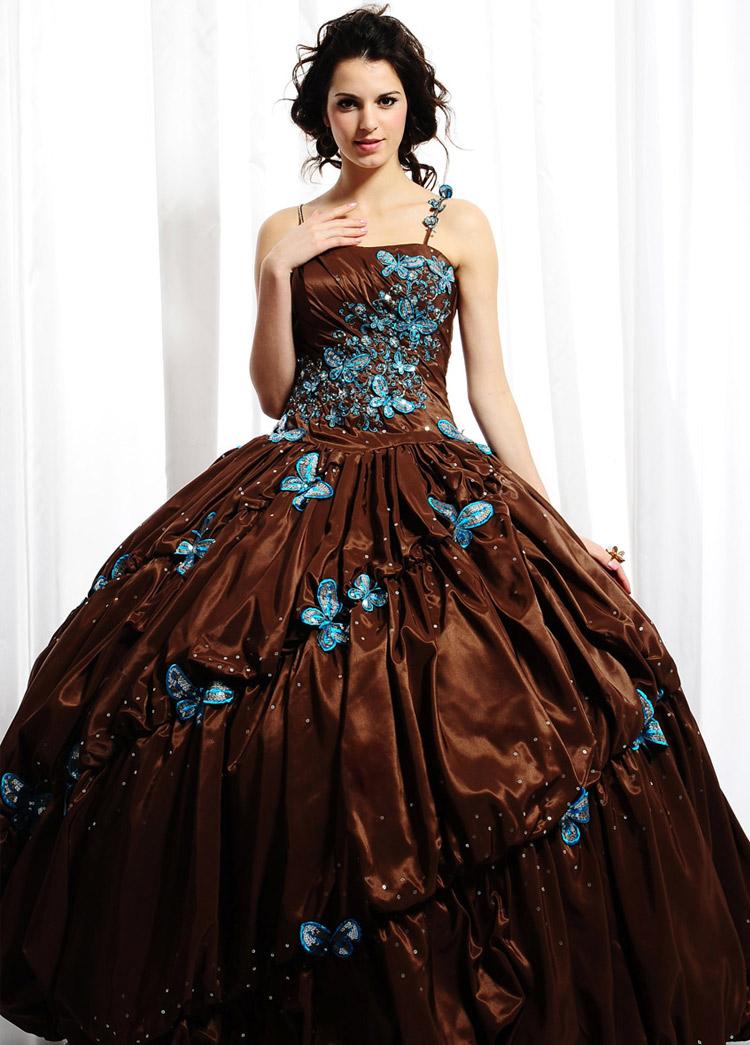 платье на выпускной с цветами и бабочками