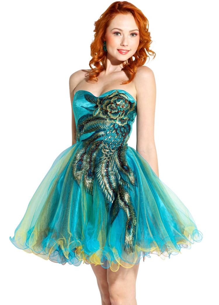 короткое платье на выпускной в стиле павлин