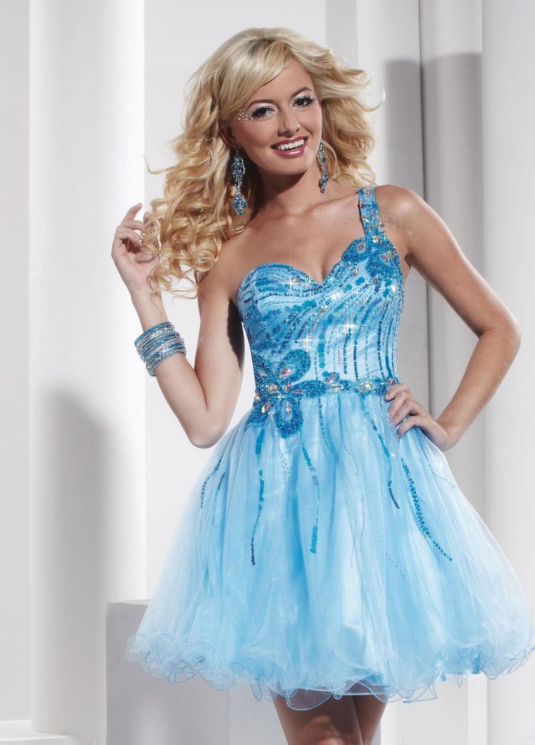 модное платье на выпускной в 20201615 году