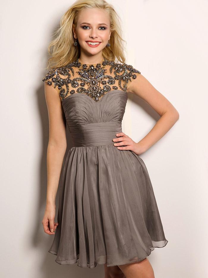 розовое короткое вечернее платье