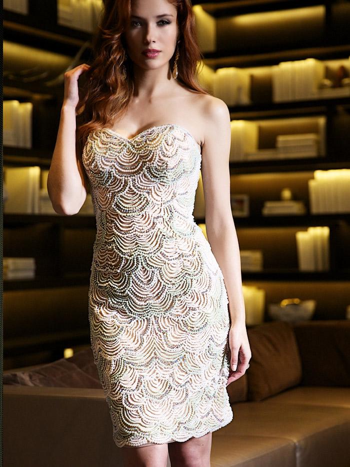 короткое вечернее платье вышитое бисером