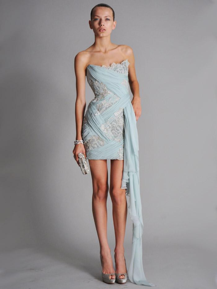 короткое вечернее платье с шлейфом