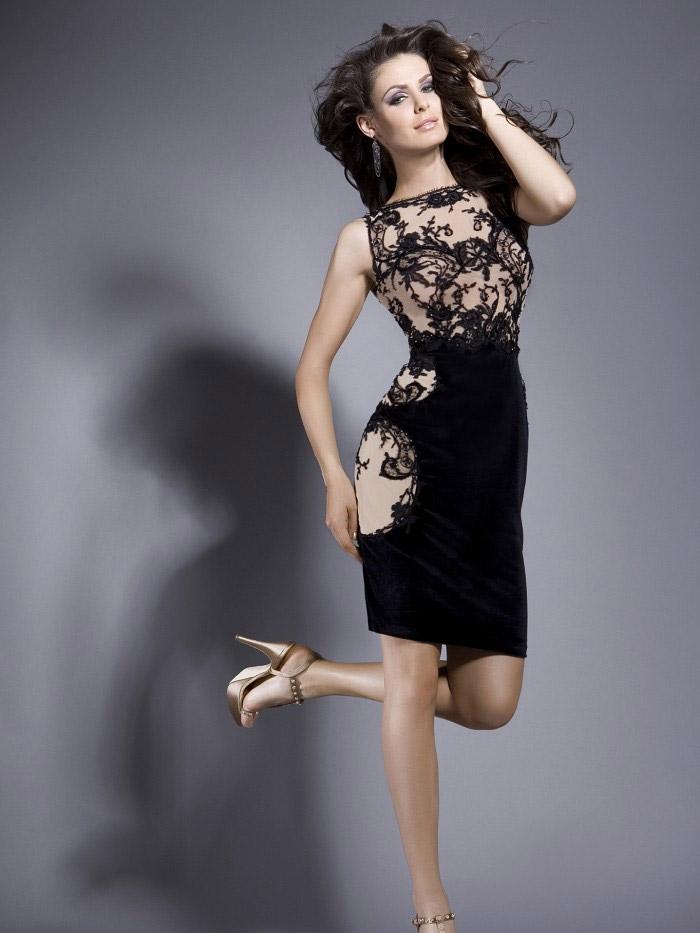 строгое короткое вечернее платье Коко Шанель