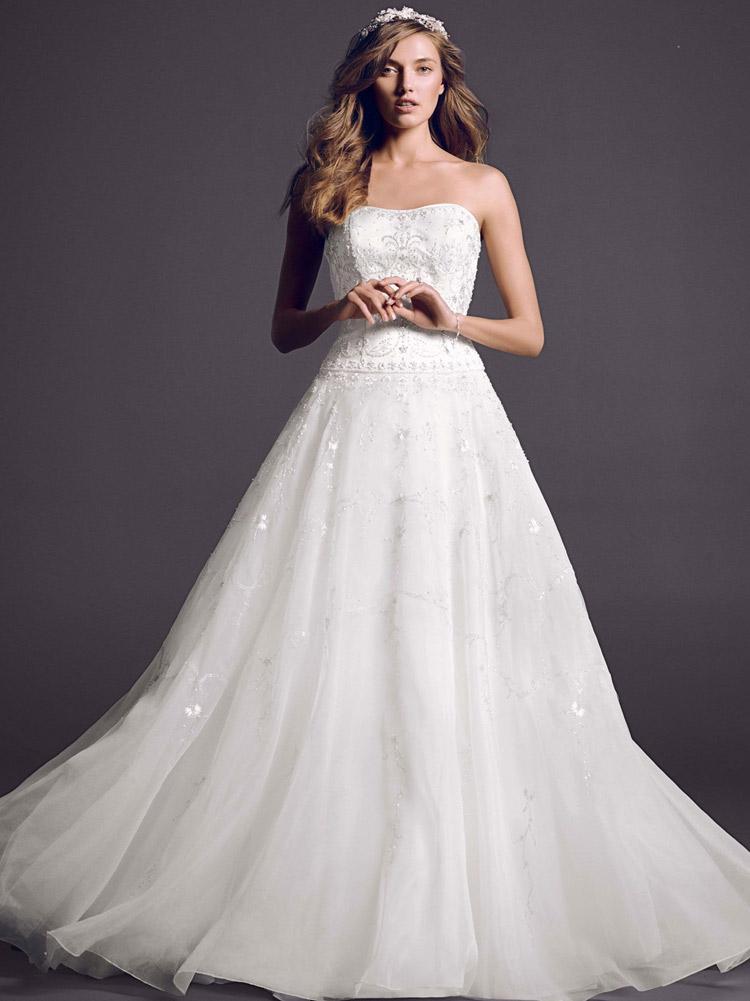 свадебное платье с пышной юбкой и открытыми руками