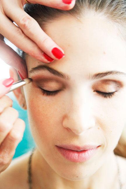 Слои для повышенной стойкости макияжа