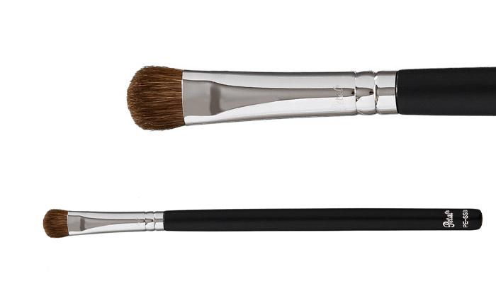 11 кистей для макияжа, которые обязательно должны быть в вашей косметичке